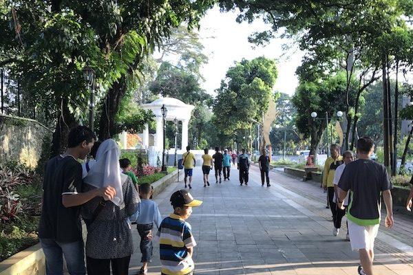 Jalan-jalan Pagi di Bogor