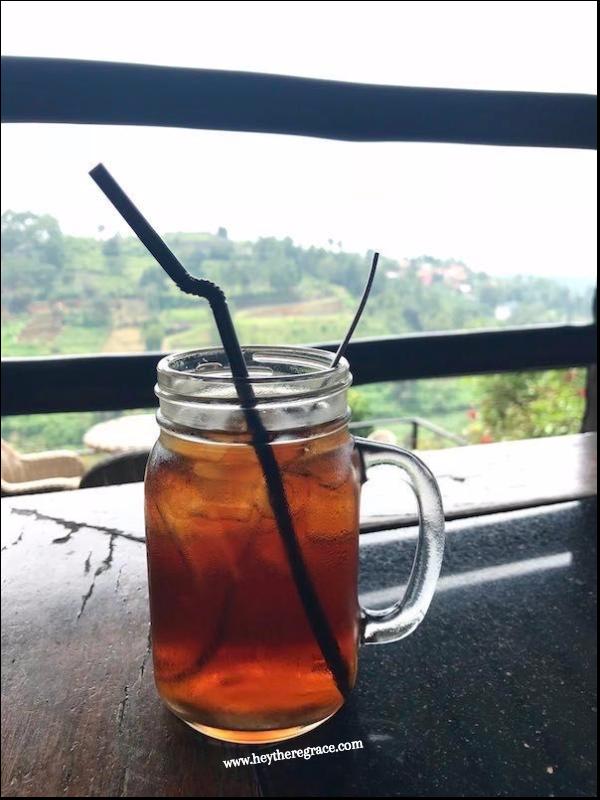Rumah Miring Bandung - Iced Black Tea
