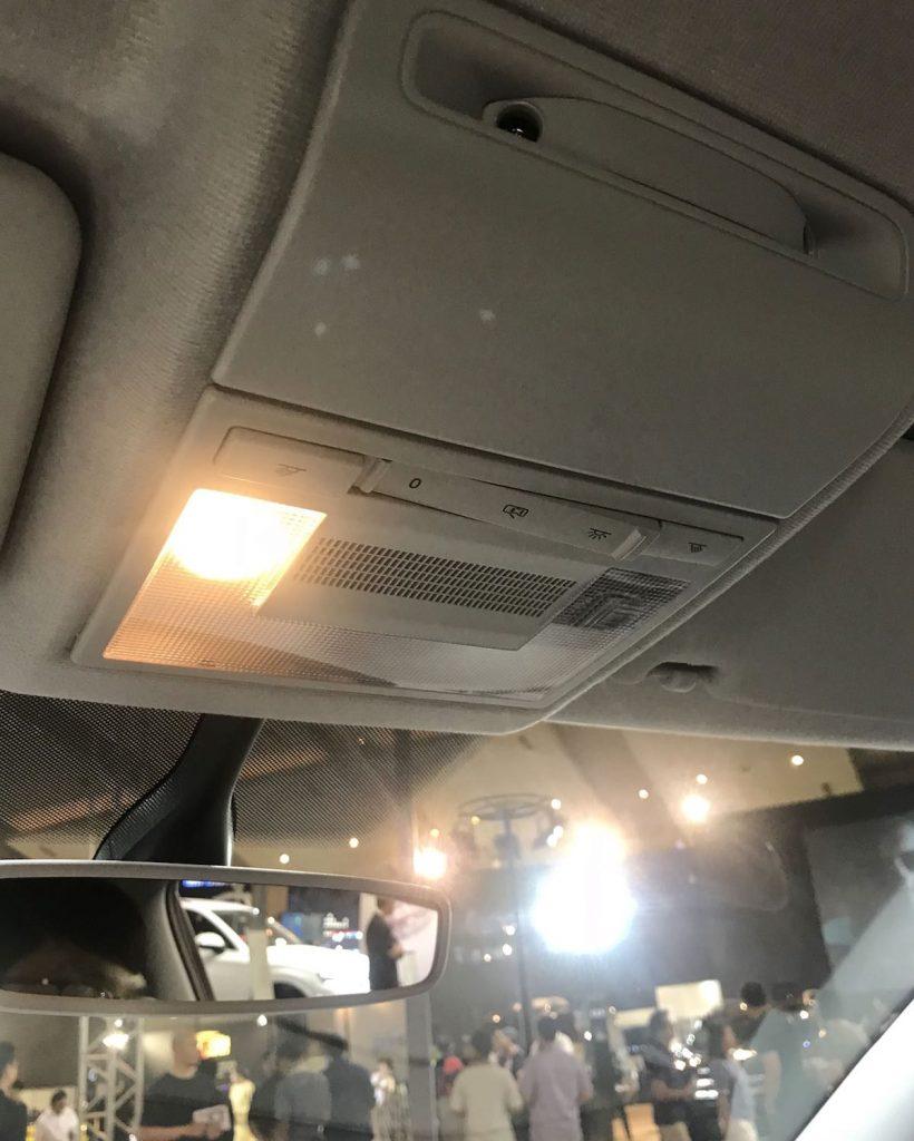 heytheregrace.com | Volkswagen Polo IIMS 2018 - front row lamp
