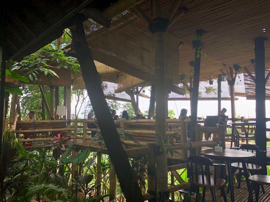 heytheregrace.com | Villa Aman D'Sini - Bamboo Eating Area 1