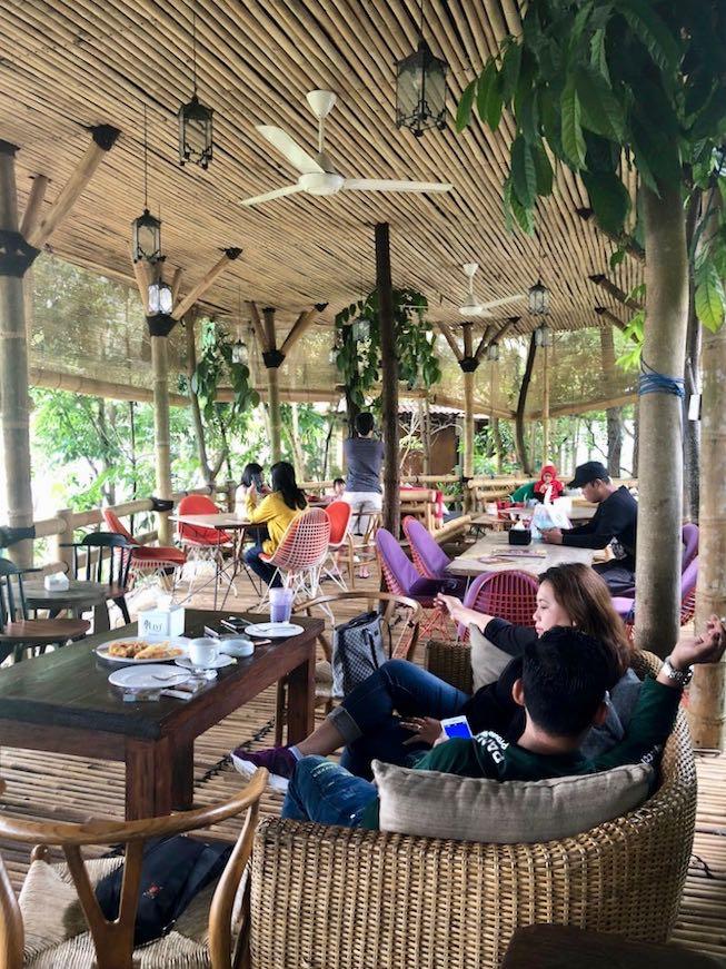 heytheregrace.com | Villa Aman D'Sini - Bamboo Eating Area 2