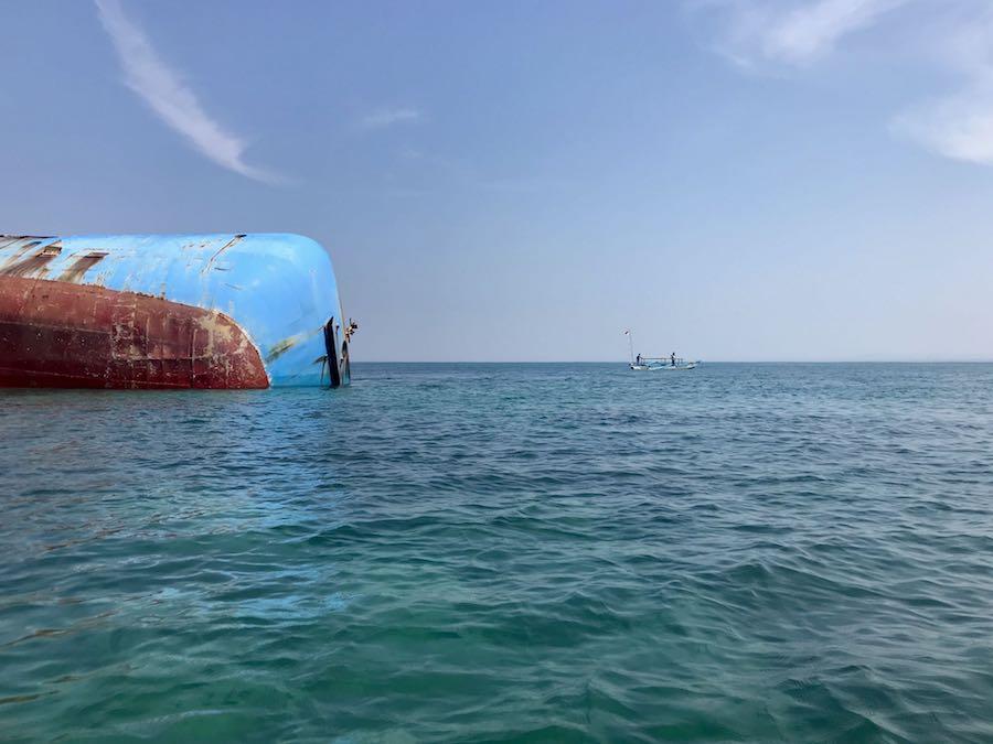 heytheregrace.com | Kapal Viking Tenggelam Pantai Pangandaran