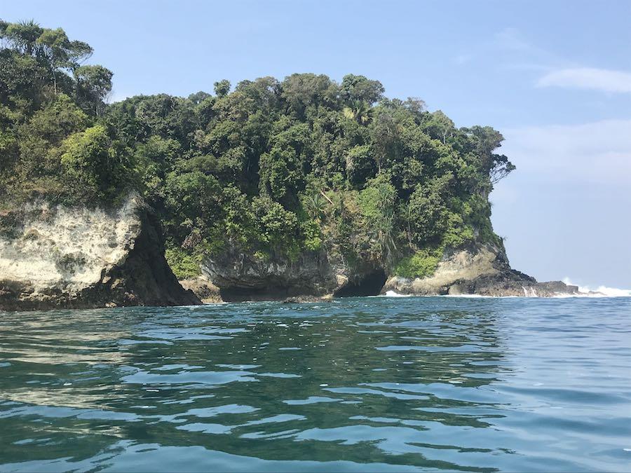 heytheregrace.com | Karang Bolong Pantai Pangandaran