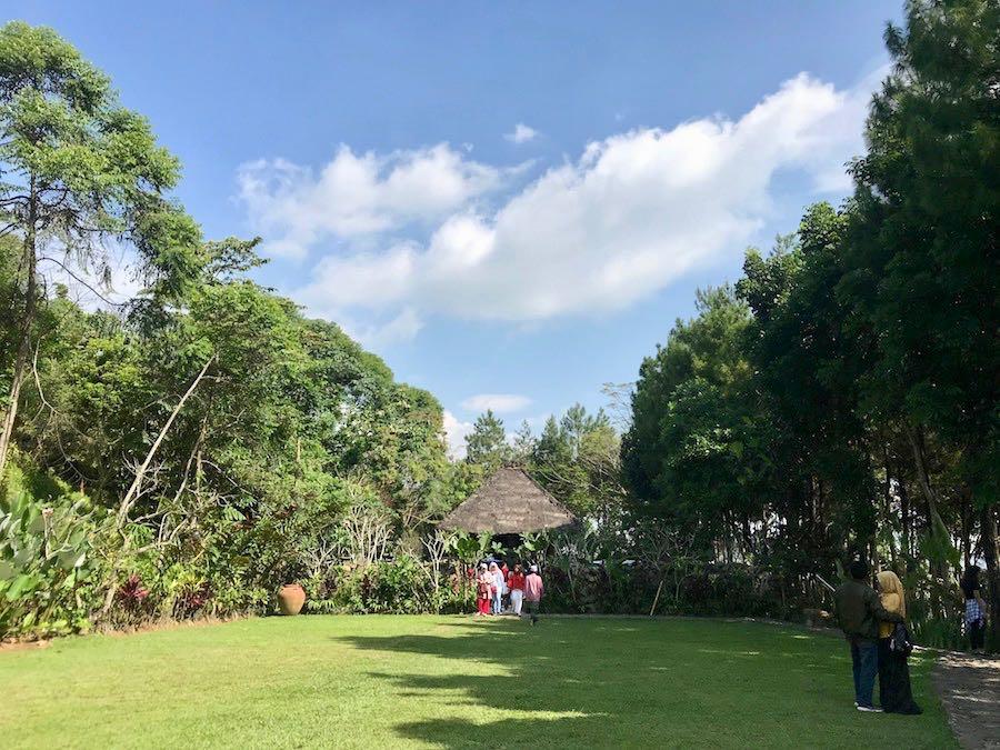 heytheregrace.com | Villa Aman D'Sini - Garden Area 2