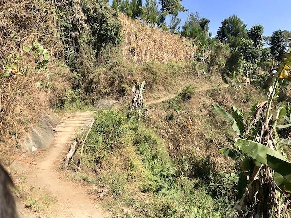 heytheregrace.com | Sanghyang Heuleut - Menuju Danau