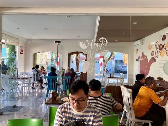 heytheregrace.com | Hotel Besar Purwokerto - Breakfast 2