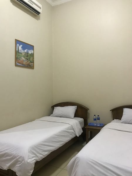 heytheregrace.com | Hotel Besar Purwokerto - The Room (Twin Bed)