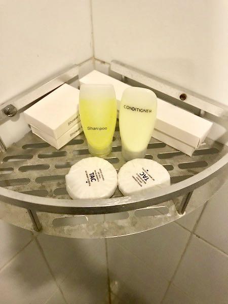 heytheregrace.com | Watu Agung Guest House - Toiletries