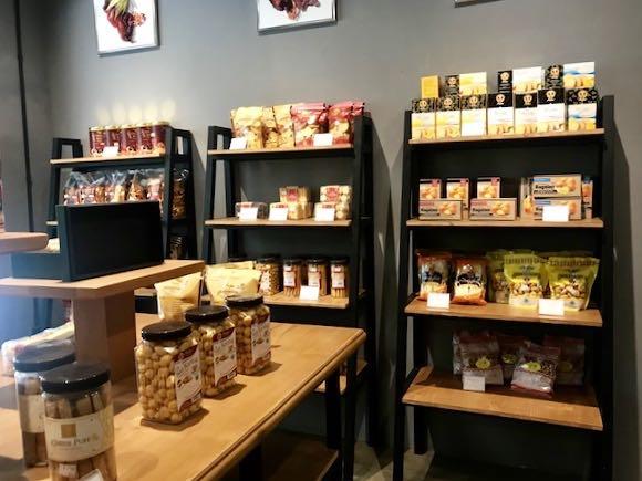 heytheregrace.com | Watu Agung Guest House - Gift Shop