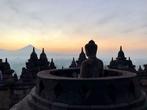 heytheregrace.com | Sunrise at Borobudur 26