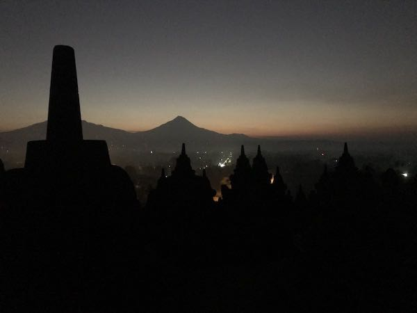 heytheregrace.com | Sunrise at Borobudur 11