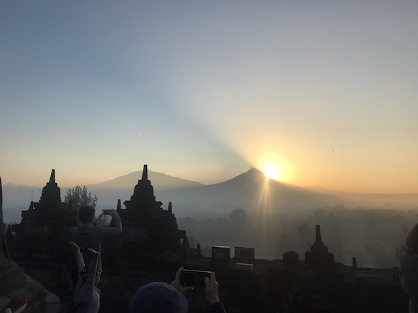 heytheregrace.com | Sunrise at Borobudur 25