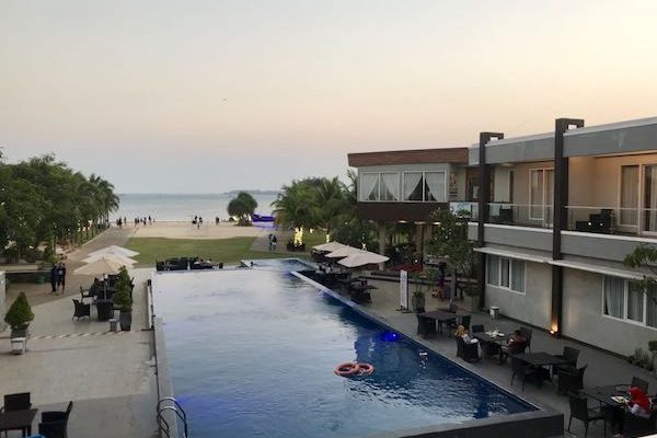 D'Season Premiere at Jepara | Hotel Review