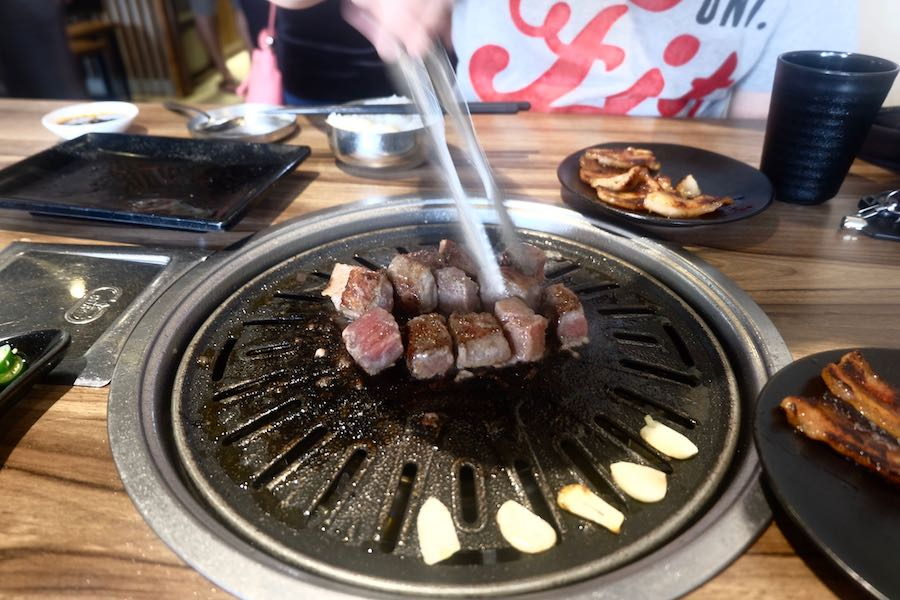 heytheregrace.com | Cooking Beef Cube Wagyu at Maboo BBQ Bandung