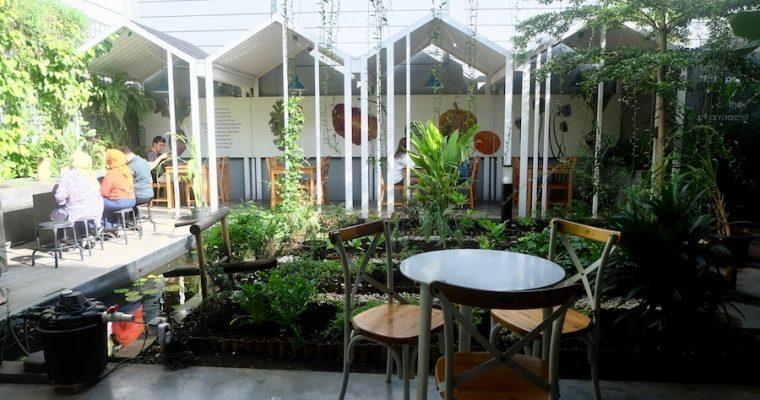Eat Clean at Greens and Bean, Bandung