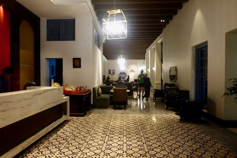 heytheregrace.com | Road Trip Tol Trans Jawa | Review Hotel Kokoon Surabaya : Lobby & Resto Area