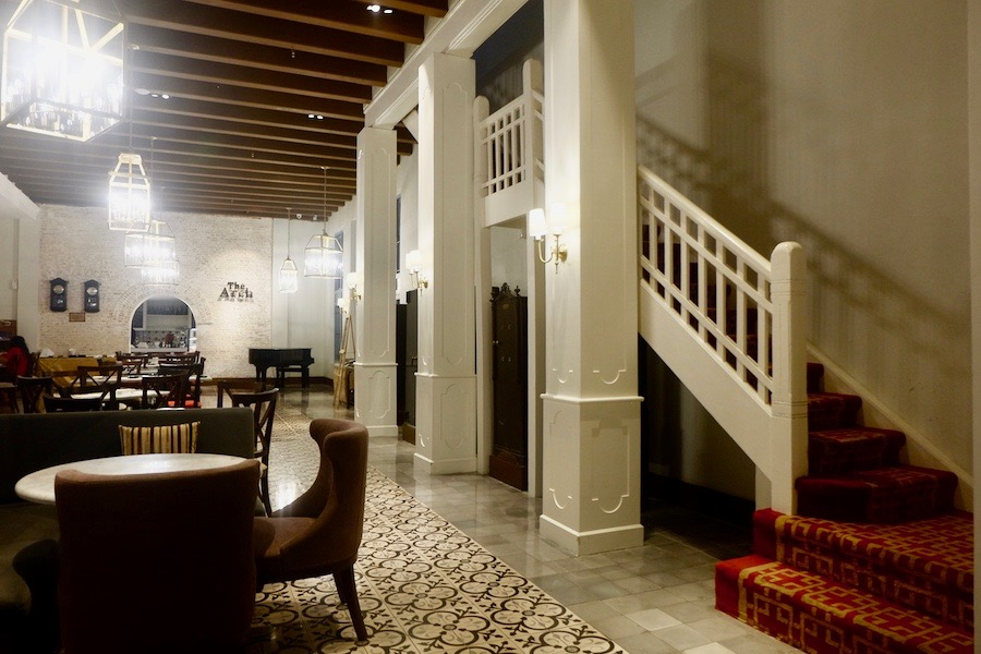 heytheregrace.com | Road Trip Tol Trans Jawa | Review Hotel Kokoon Surabaya : Resto The Arch Area
