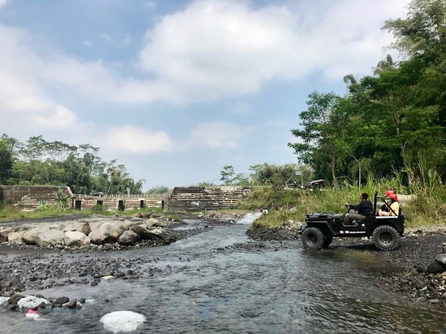 heytheregrace.com | Jeep Tour Merapi - Manuver Kalikuning - Yogyakarta